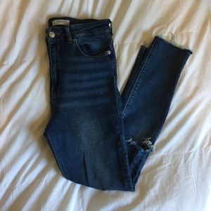 Zara Woman High Waisted Vintage Wash Jeans